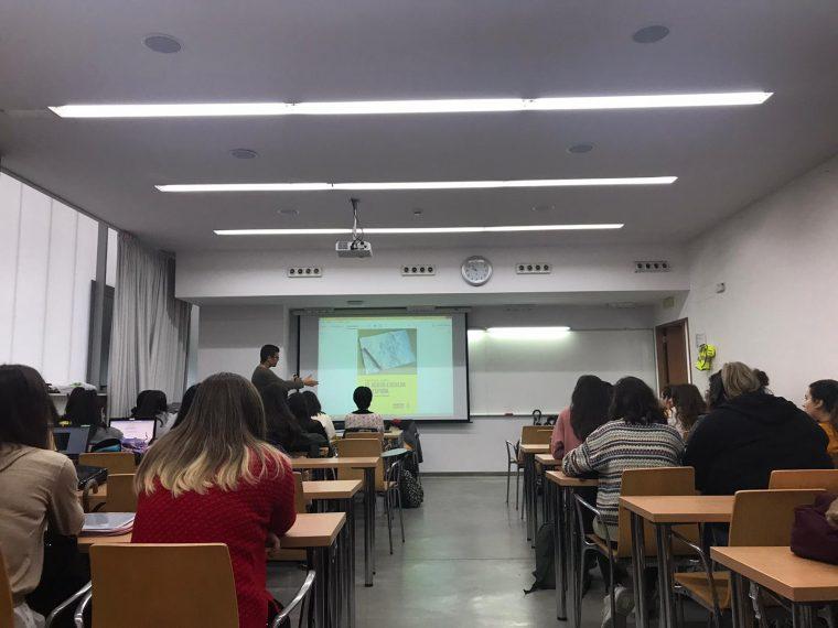 Amnistía Internacional na facultad de Ciencias da Educación de Pontevedra