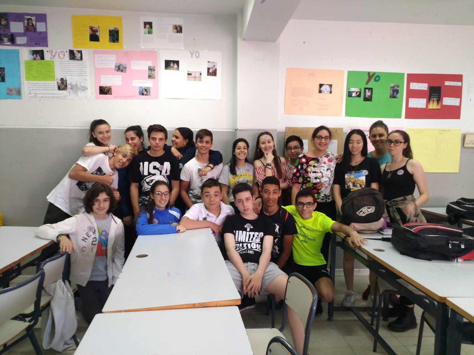 Charla sobre Amnistía Internacional en el IES San Roque de Badajoz
