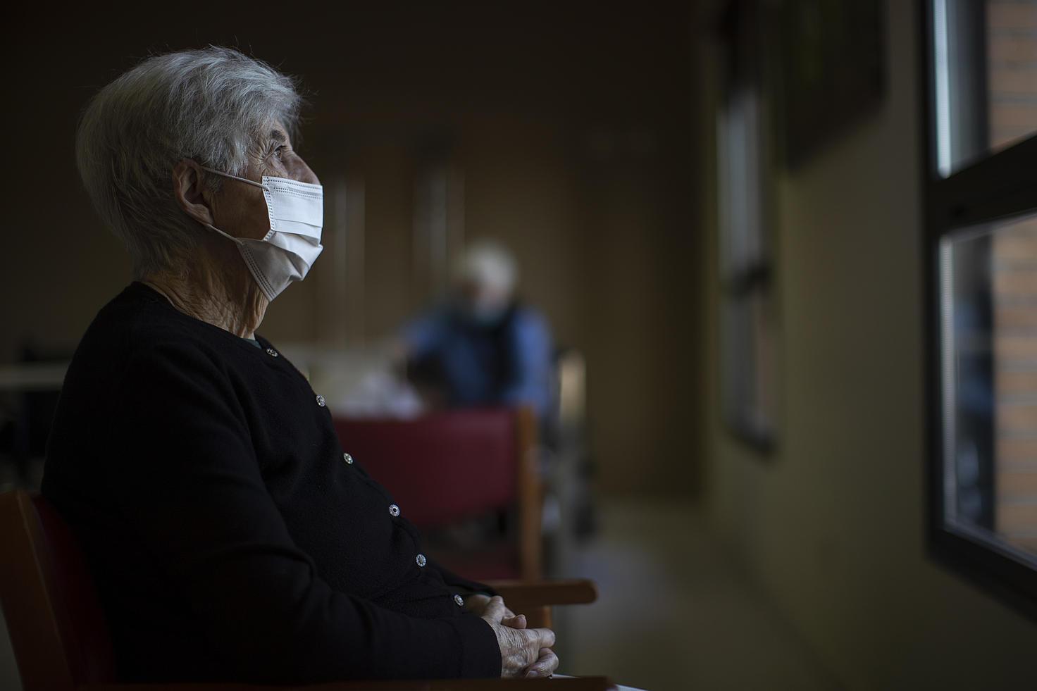 Siete medidas legales para que las personas mayores no sean abandonadas a su suerte nunca más en las residencias