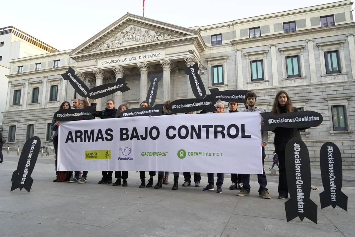 Amnistía Internacional y Oxfam Intermón lamentan que el Pleno de Toledo rechace una moción contra la venta de armas a la Coalición Saudí que interviene en Yemen
